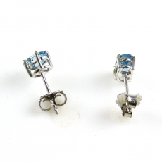 0.48 Carat Aquamarine Stud Earring In 14K White Gold
