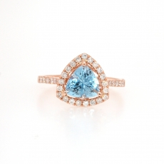 1.18 Carat Aquamarine and diamond ring in 14k Rose gold