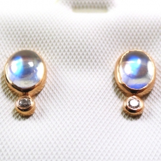 1.35 Carat Aa Quality Rainbow Moonstone  Stud Earring In 14k Rose Gold