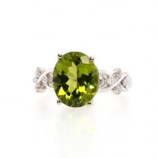 1.49 CArat Peridot and diamond ring in 14k White Gold.