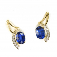 1.74 Carat Kyanite And Diamond Earring In 14k Yellow Gold