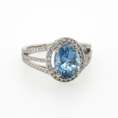 1.89 Carat Natural Aquamarine With Diamond Ring In 14k White Gold