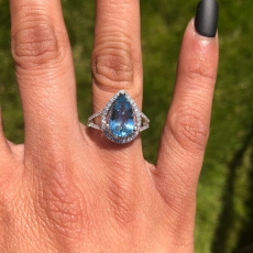 3.89 Carat Natural Aquamarine And Diamond Ring In 14K White Gold