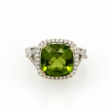 4.77 Carat Peridot And Diamond Ring In 14k White Gold