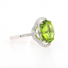 4.94 Carat Peridot And Diamond Ring In 14k White Gold