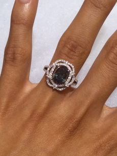 Gia Certified Natural Alexandrite With Excellent Color Change  Oval 9.43x6.57mm 2.65 Carat*