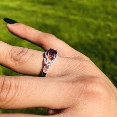 O.88 Carat Natural Red Spinel And Diamond Ring In 14k White Gold