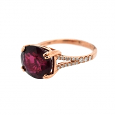 Raspberry Garnet Oval 6.02 Carat Ring With Diamond Accent in 14K Rose Gold