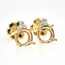 Round 6mm Earring Semi Mount in 14K Yellow Gold With White Diamonds