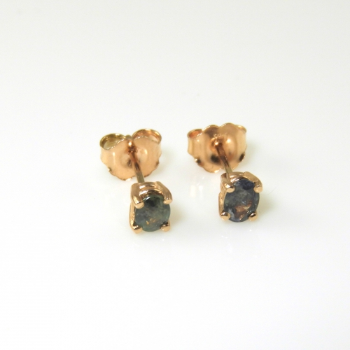 0.55 Carat Alexandrite Stud Diamond Earring In 14k Rose Gold